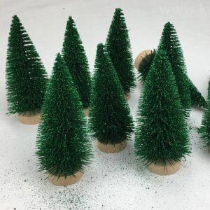 Mini fenyők, fák, bokrok